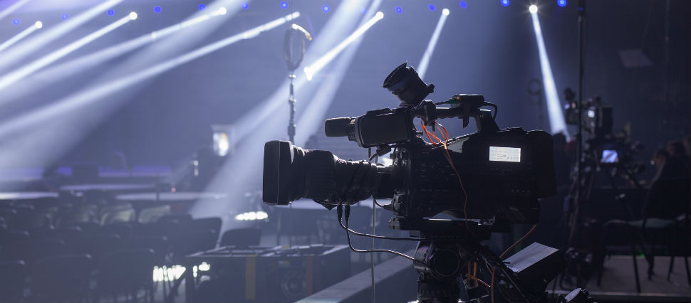 How to set up a multi camera live streaming system for Camera streaming live